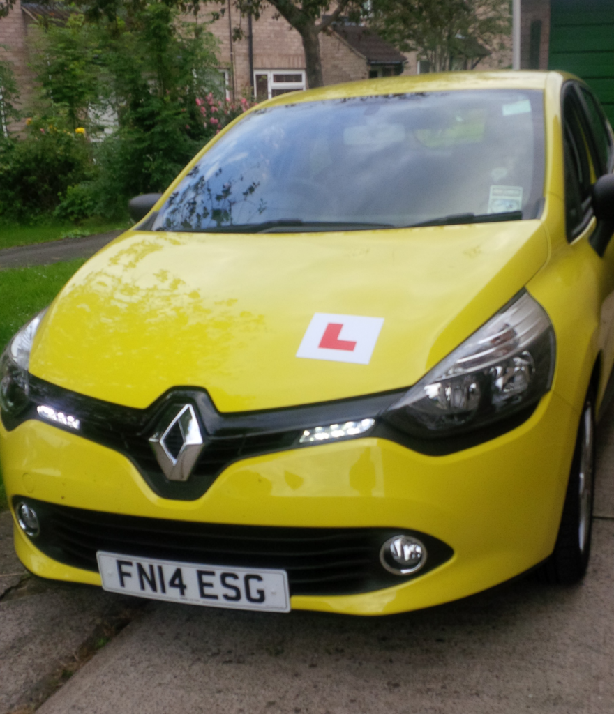 Take driving lessons in Bristol in comfort and style with a brand new Renault Clio Expression