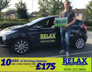 image of driving lessons in Kingswood