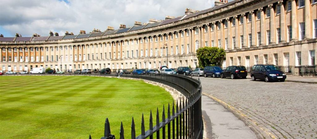 Automatic driving lessons in Bath